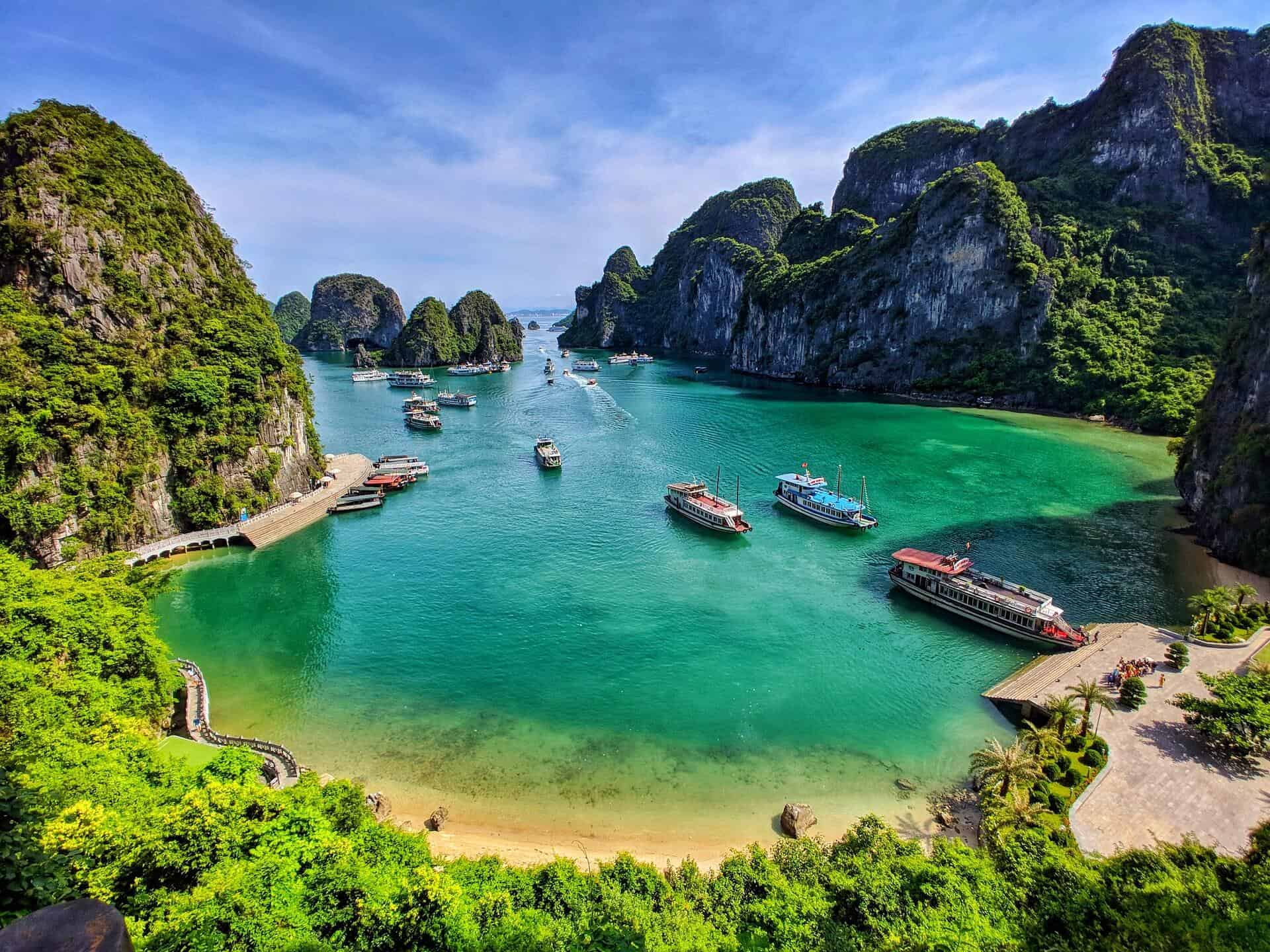 5D4N Hanoi _ Halong Bay Overnight Cruise-4