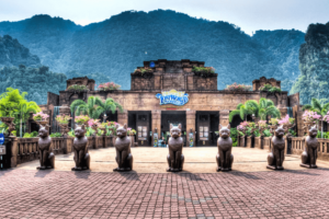 SUNWAY LOST WORLD OF TAMBUN IPOH Entrance