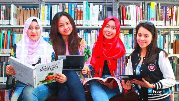 UNITAR STUDENTS