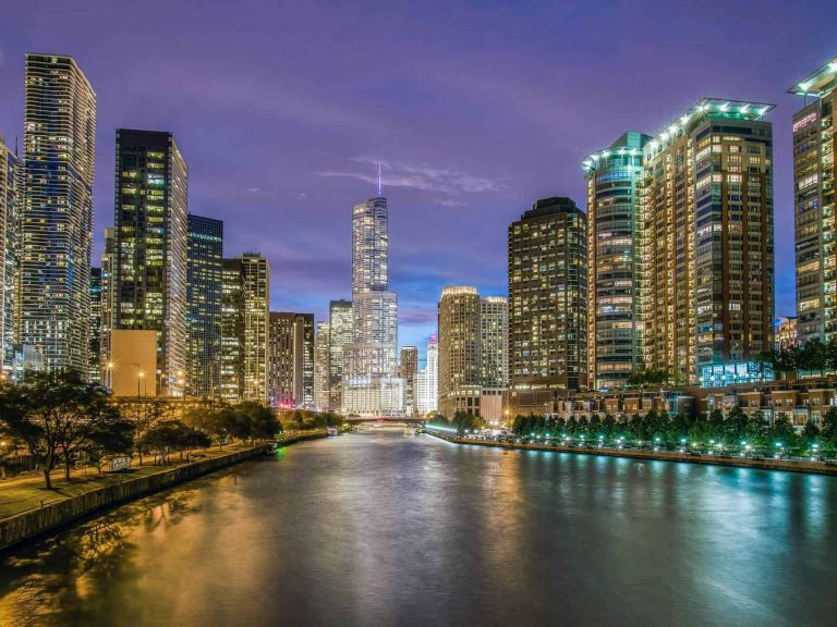 17D15N Chicago-Los Angeles USA West (8530)-hero