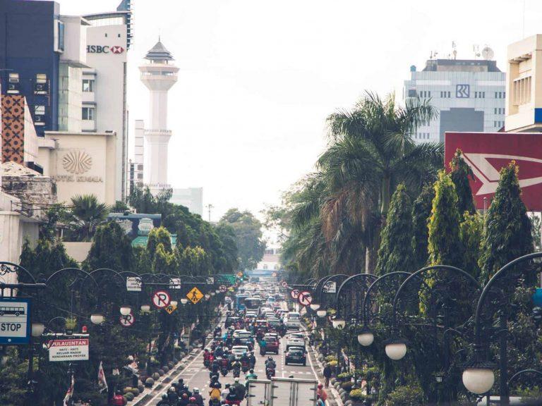 4D3N Jakarta, Puncak _ Bandung Full Board-hero
